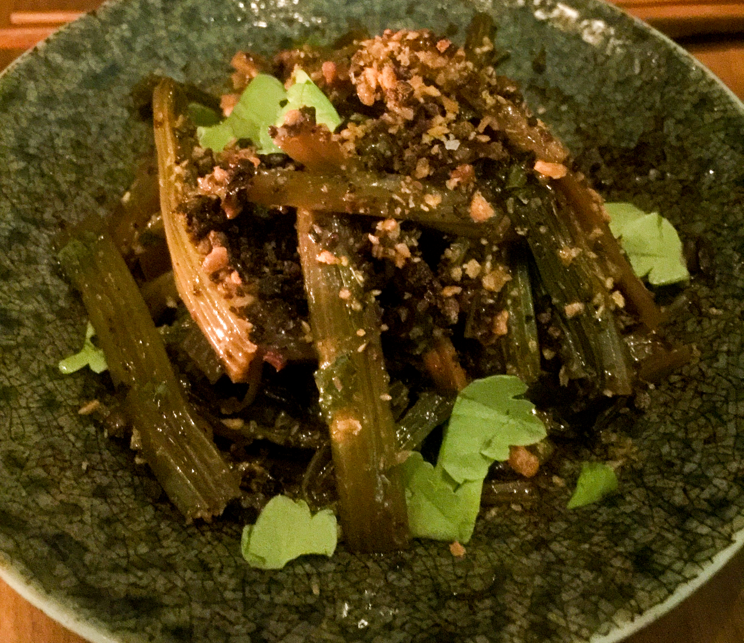 Chinese celery and mushrooms