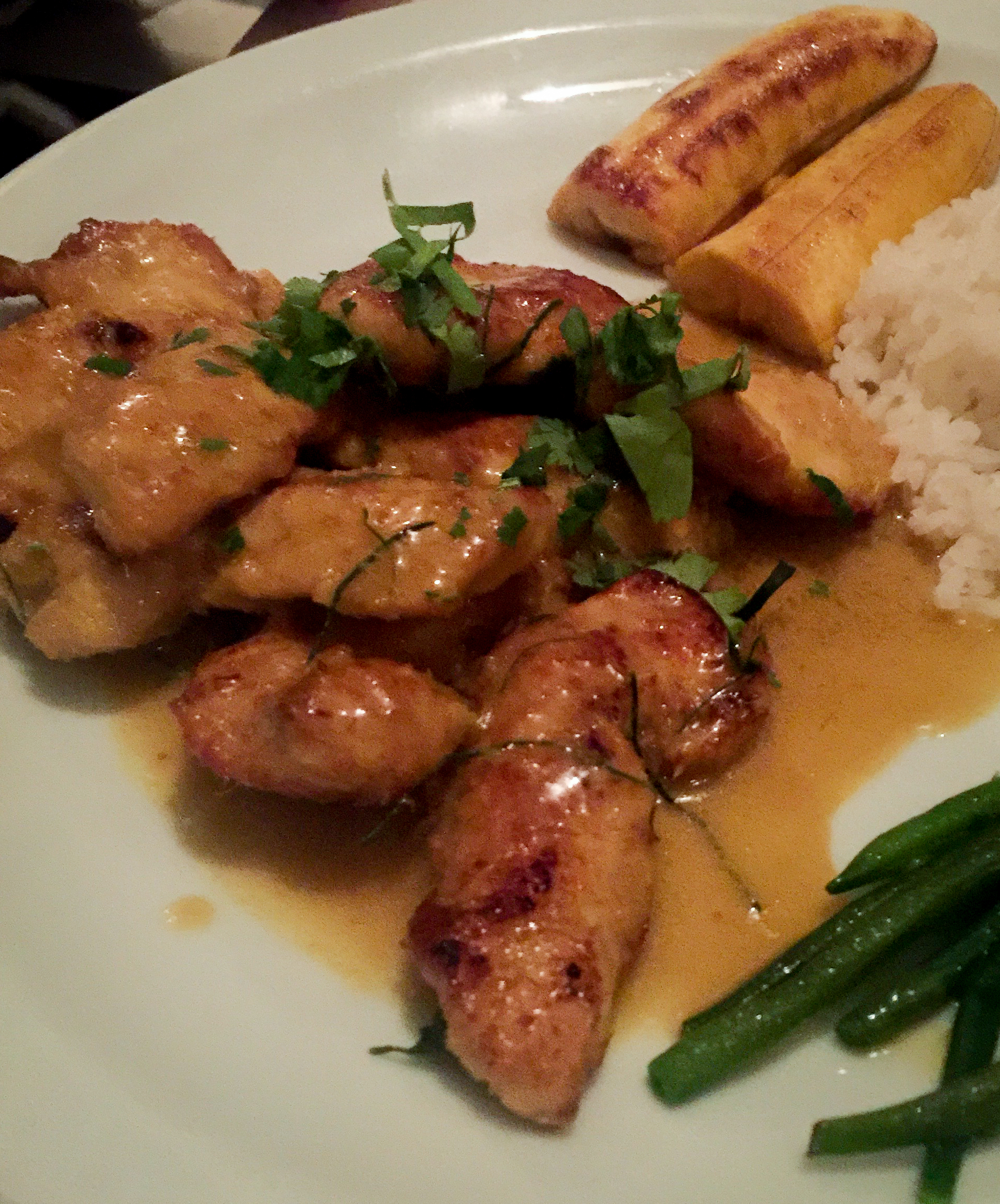 Chicken with coconut and lemongrass